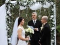 Macnut Farm Wedding & Function Venue - Logo