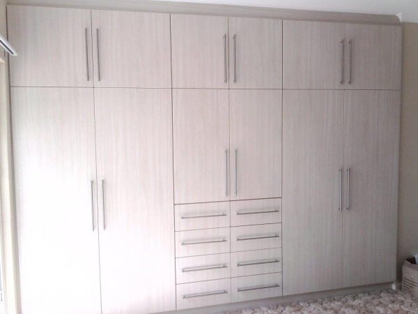 Advanced built in cupboards kitchens home improvement for Modern built in cupboards