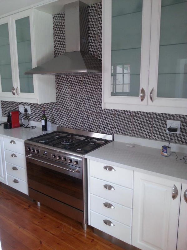 Gomes design kitchens bathrooms bedrooms kitchens for Kitchen fitters randburg