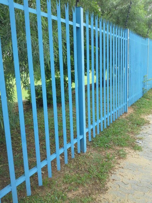 Painters And Garage Doors Commercial Contractors